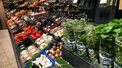 Die Obst- und Gemüsetheke des Warenhauses wurde komplett neu gestaltet